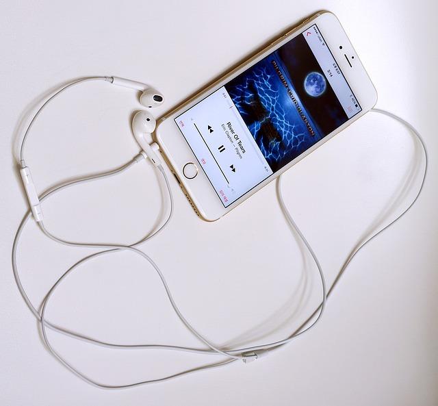 iphone6 minimizing music