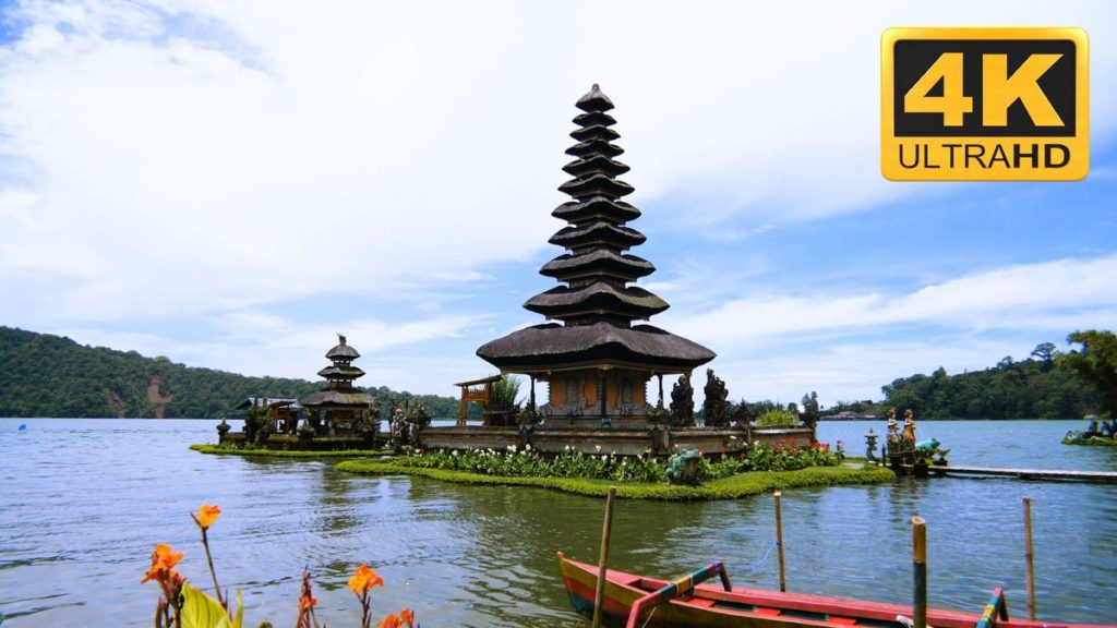 TV wallpaper videos - lake temple in Bali