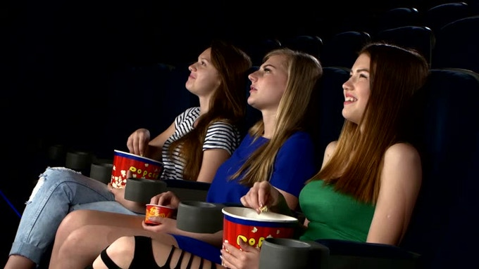 Humanily Social - get friends for watching a movie