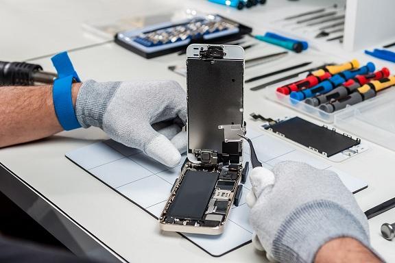 iPhone Repair at Qwireless